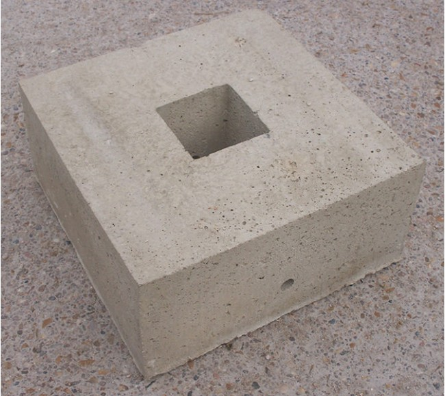 Plot beton de tente